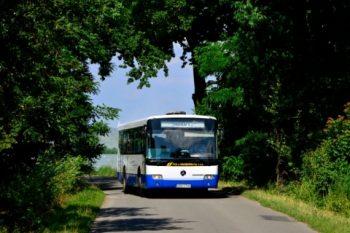 Droga-wzdłuż-stawów-pomiędzy-Lubomią-a-Bukowem.-Linia-nr-4.-2