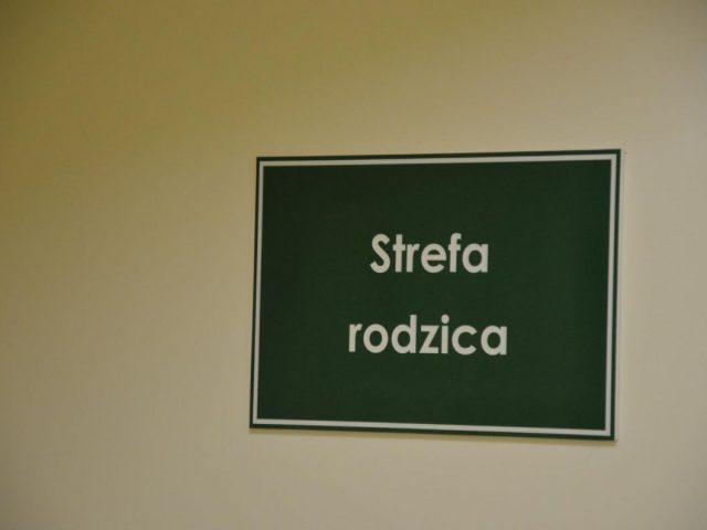 oficjalnie przekazanie Strefy Rodzica i nowej świetlicy dla dzieci na Oddziale Pediatrycznym w szpitalu w Rydułtowach