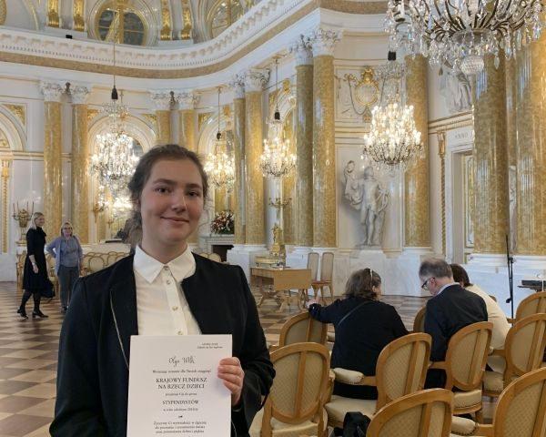 Nagrody i stypendia dla młodzieży powiatowych szkół