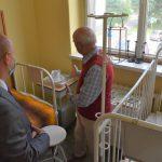 szpitalna izba pamięci w Rydułtowach inscenizacja dawnej sali pediatrycznej