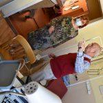 szpitalna izba pamięci w Rydułtowach na zdjęciu Kornelia Newy i Henryk Machnik