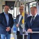 Elektryczny autobus 6