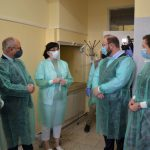 Prezentacja sprzętu do wykrywania koronawirusa