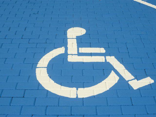 parking osoby niepełnosprawne