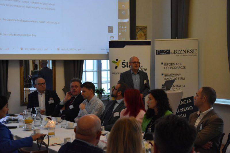 Śniadanie Biznesowe na Granicy w Boguminie, październik 2021, na zdjęciu uczestnicy spotkania