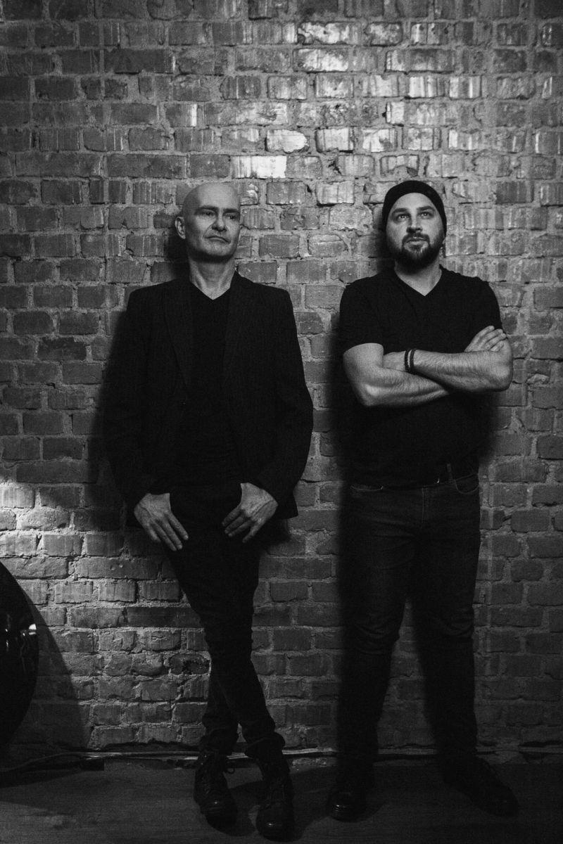 zdjęcie dwóch muzyków z zespołu MishMatt