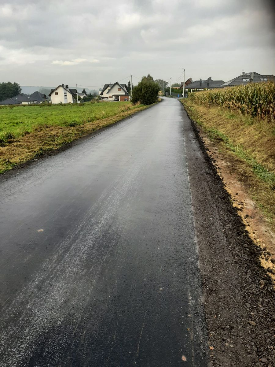 Ulica Oraczy w Wodzisławiu Śl. po naprawie nawierzchni