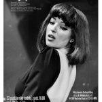 """PLAKAT - spektakl teatralny """"Wyspa Kalina"""" , na zdjeciu kobieta z odsloniętymi plecami"""